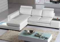 Sofá de ángulo clásico con toques modernos