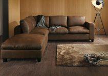 Sofá esquinero marrón